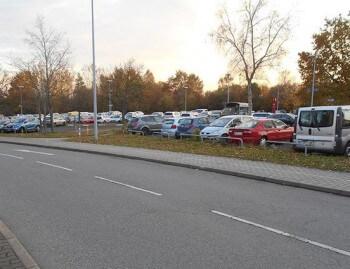 P2 Sparpreis Außenparkplatz
